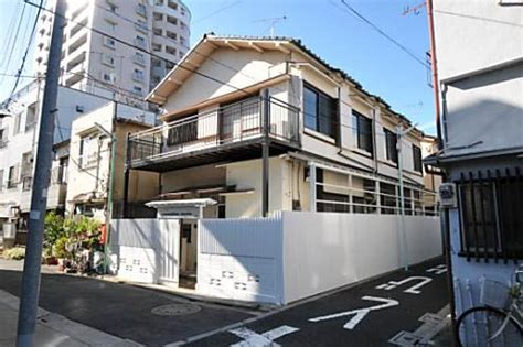 real estate share house 47 yr old ryokan converted to sharehouse in tokyo japan property central