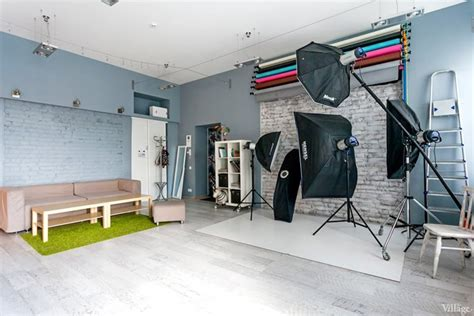 photographing interiors taking pictures in a vibrant photo studio kiev