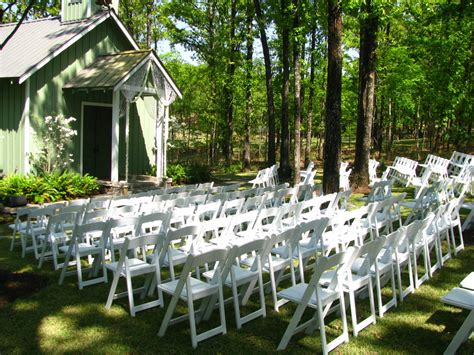 Chair Rentals Okc by White Chair Wedding Ceremony Seating Arrangement