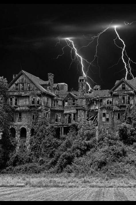 abandoned places 60 stories best 4125 the eerie east images on other haunted houses hospitals and ghost stories