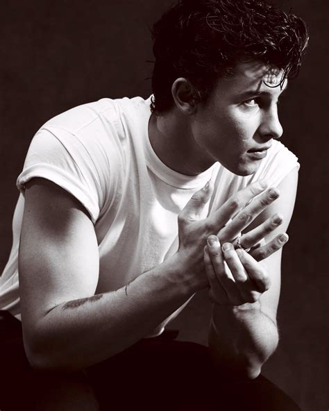 shawn mendes news photos and videos contactmusic com