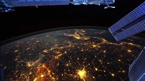 imagenes hermosas sorprendentes increible recorrido nocturno de la tierra desde el espacio