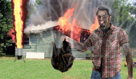 frozen turkey hot oil thanksgiving propane fire turkey fryers are dangerous