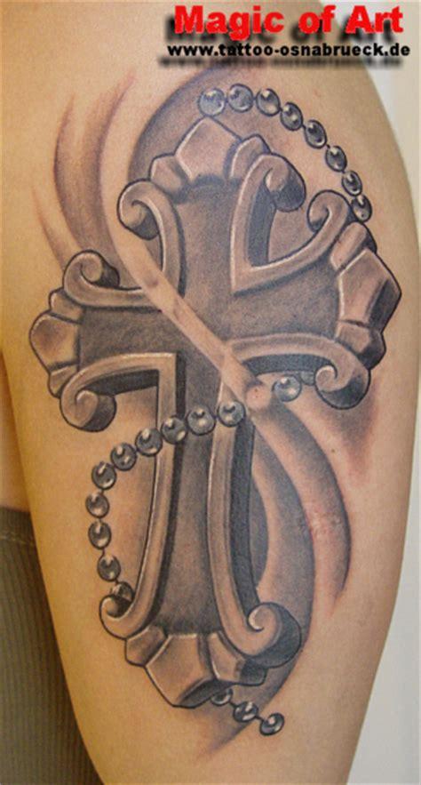 tattoo arm kreuz tattoos zum stichwort kreuz tattoo bewertung de lass