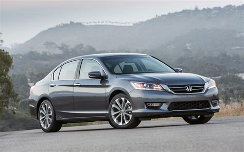 honda accord 2013 honda accord test photo gallery motor trend