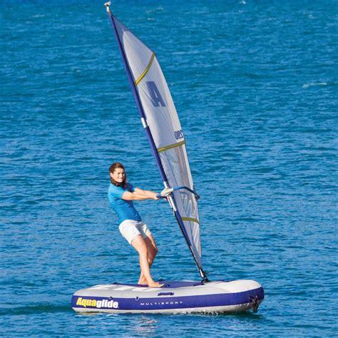 zeilboot opblaasbaar the inflatable windsurfer and sailboat hammacher schlemmer