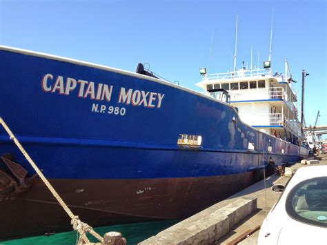 mail boat shipping company nassau bahamas mailboats potter s cay dock nassau bahamas eric wiberg
