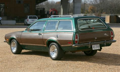 ford pinto squire station wagon  auto