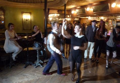 what is swing club swingtronic at pour vous swingdance la