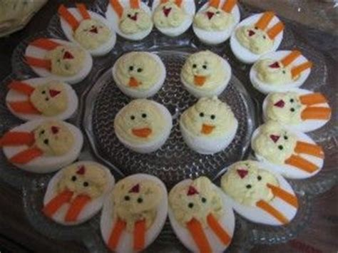Decorated Deviled Eggs For Easter by Deviled Eggs Decorated To Look Like Bunny Bunnies
