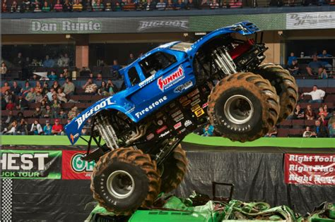 monster truck shows in michigan monster cars jackson mi themonsterblog com we know