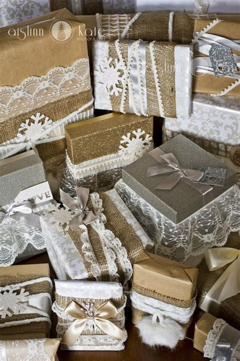 vintage christmas wrapping ideas lace burlap ribbon brown kraft paper shabby chic