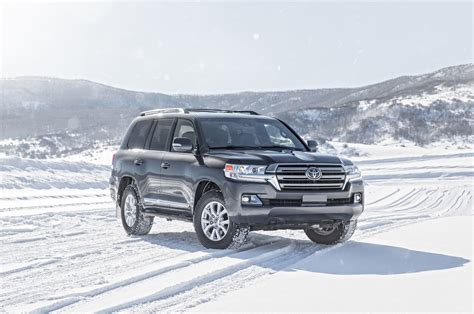 land cruiser 2016 2016 toyota land cruiser test review motor trend