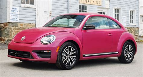 pink volkswagen beetle this pink vw beetle raised 30 000 for breast cancer