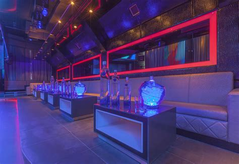The Living Room Nightclub Dubai Boutiq Ultra Lounge Opens In Address Dubai Mall
