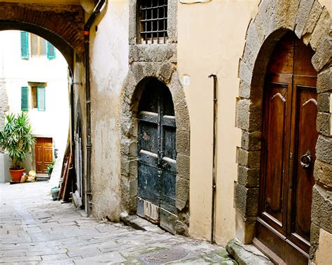 italian home decor tuscan door print italy photography italian home by vitanostra
