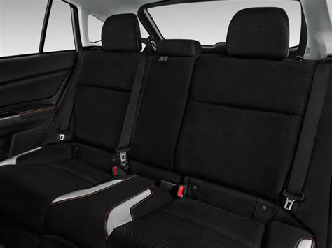 2017 subaru crosstrek interior image 2017 subaru crosstrek 2 0i premium cvt rear seats