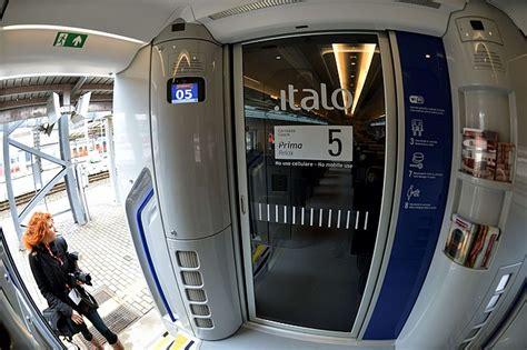 italo treno interno treni il viaggio inaugurale di italo dal 28 aprile si va