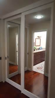 sliding closet mirror doors best 25 mirrored closet doors ideas only on