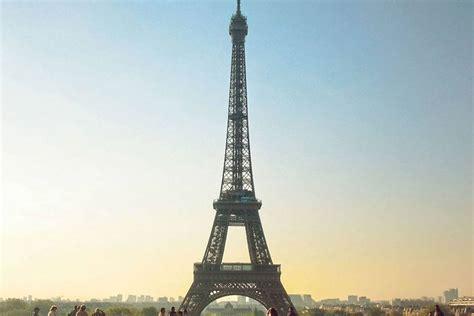 Eiffel In tour eiffel suit