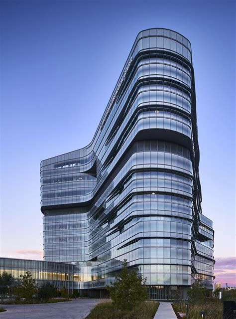 gallery  jacobs medical center cannondesign