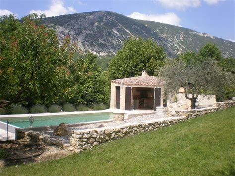 abgeschiedene hütte mieten kleines landhaus in den bergen in malaucene mieten 16322