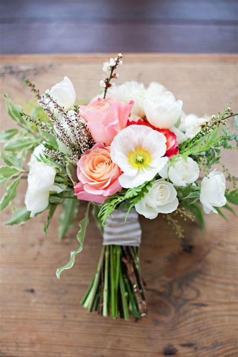 Simple Wedding Flowers by Inspired By This Simple Winter Wedding Shoot By