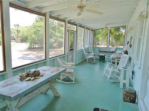 bungalow with screened porch a picturesque vintage cottage rental in florida