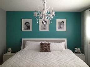 Teal Bedroom Ideas Teal Bedroom Ideas A Simple Teal Wall Really Pops In A