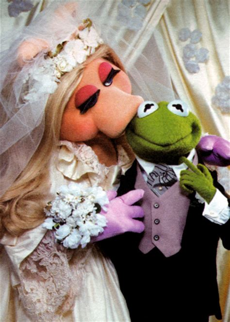 miss piggy and kermit wedding are kermit the frog and miss piggy married muppet wiki