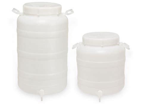contenitori con rubinetto taniche in plastica bidoni in plastica con rubinetto