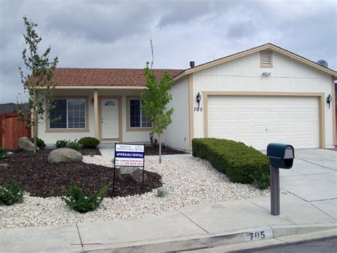 Reno Housing Authority Nevada Nsp Strauss After Rehab And Xeriscaping Flickr