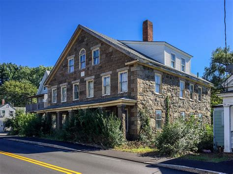 buy a house in massachusetts houses to buy in taunton house taunton massachusetts