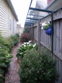 how to keep in yard without fence best 25 dog proof fence ideas on pinterest