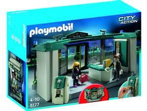 playmobil punts bank heist set to wide eyed kiddies the