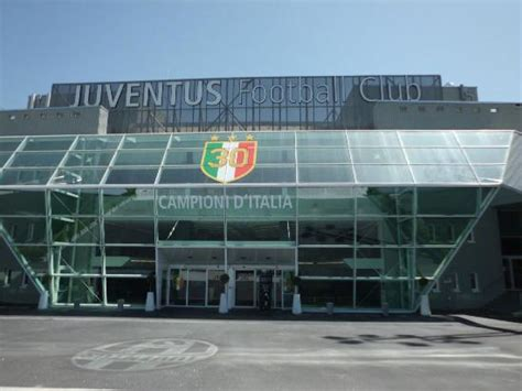 juventus stadium ingresso l ingresso principale picture of juventus stadium turin