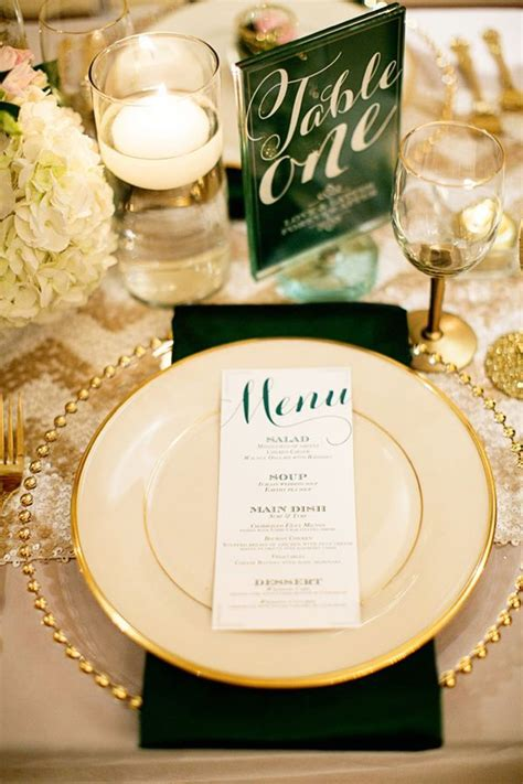 wedding decor trends  hunter green wedding emerald