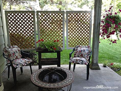 hometalk how to make an easy patio privacy screen step