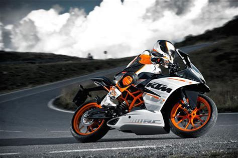 Ktm Duke Rc390 Price In India 2016 Ktm Rc390 Unveiled In India Priced At Rs 2 13 Lakhs