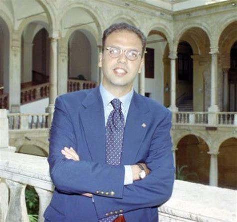 attuale ministro degli interni i politici italiani ieri e oggi corriere it