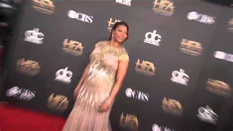 queen film 2014 watch online queen latifah red carpet fashion hollywood film awards