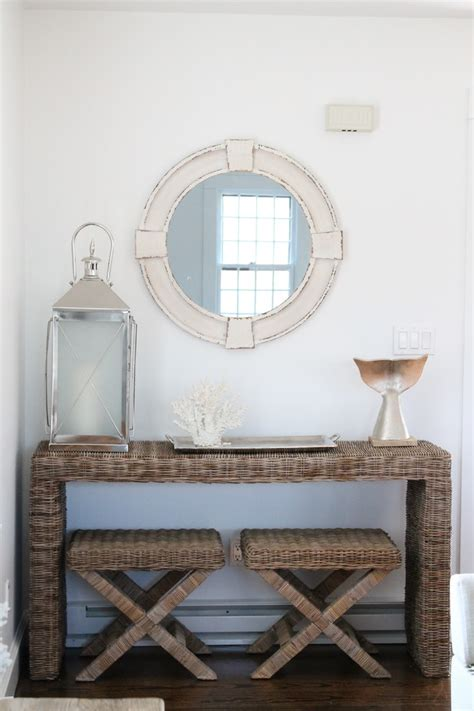 How to decorate foyer entry beach style with modern beach
