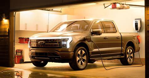 ford   lightning ev pickup debuts  mile range