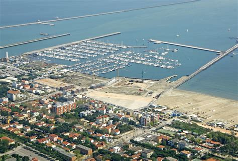 porto di marina di ravenna marina di ravenna in italy marina reviews phone number