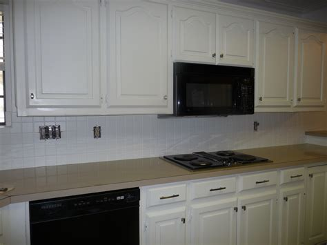 kitchen backsplash paint painting a tile backsplash part 2 hilldalehouse