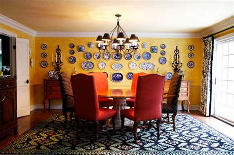 decorate  wall  dinner plate arrangements