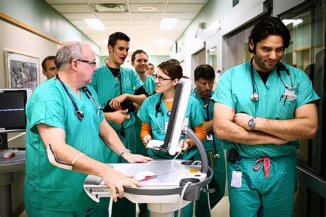 emergency room best practices new rx for doctors shorter work day wsj