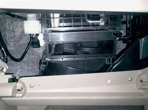 Filter Udarasaringan Udaraair Filter Ac Suzuki Ac Mobil memasang filter ac ertiga kandangumbara