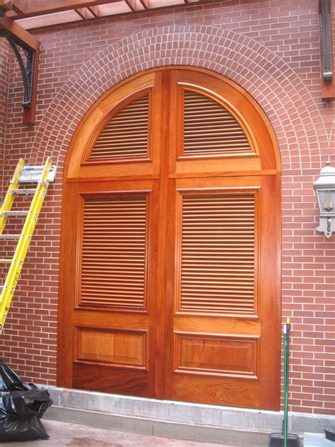 arched top louver doors woodwebs architectural