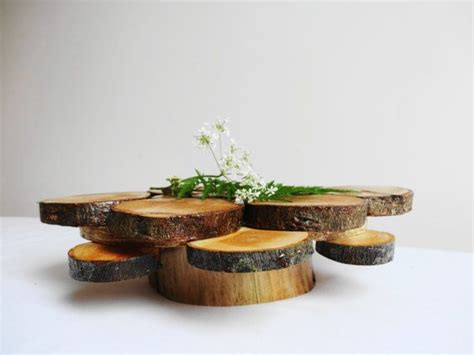 Wooden Vase Centerpiece by Best 25 Wooden Centerpieces Ideas On Table